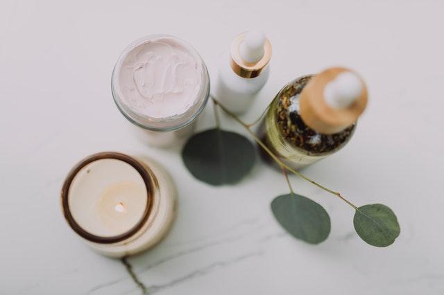 Membeli Produk Skin Care untuk Rutinitas Perawatan Kulit melalui Toko SehatQ